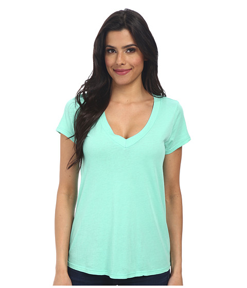 LAmade - Short-Sleeve Low V-Neck Boyfriend Tee (Serene) Women's Short Sleeve Pullover
