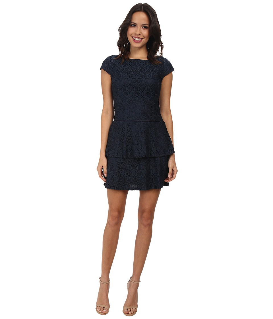 Laundry by Shelli Segal Tiered Skirt Cap Sleeve Lace Dress (Dark Midnight) Women