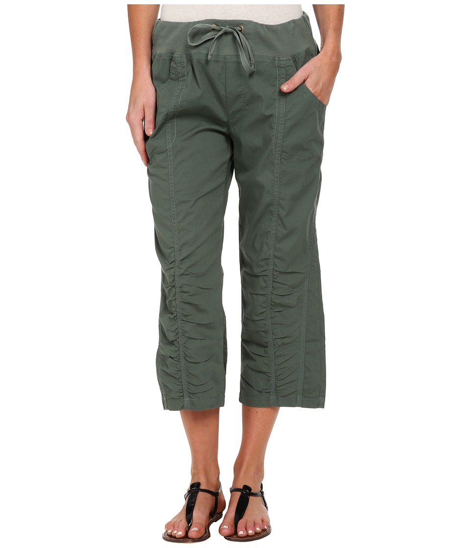 XCVI - Briar Crop (Shrub Oak) Women's Capri