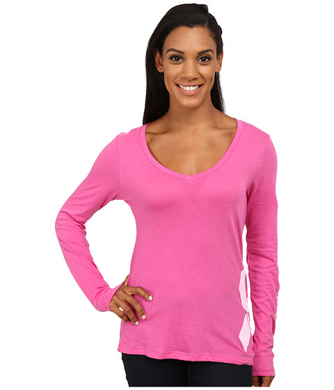 Columbia - Tested Tough in Pink Graphic Long Sleeve Shirt (Pink Ice) Women's Long Sleeve Pullover