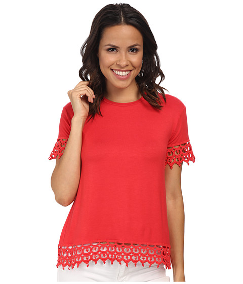 KUT from the Kloth - Short Sleeve Tee with Lace Trim (Poinsettia) Women's Short Sleeve Pullover
