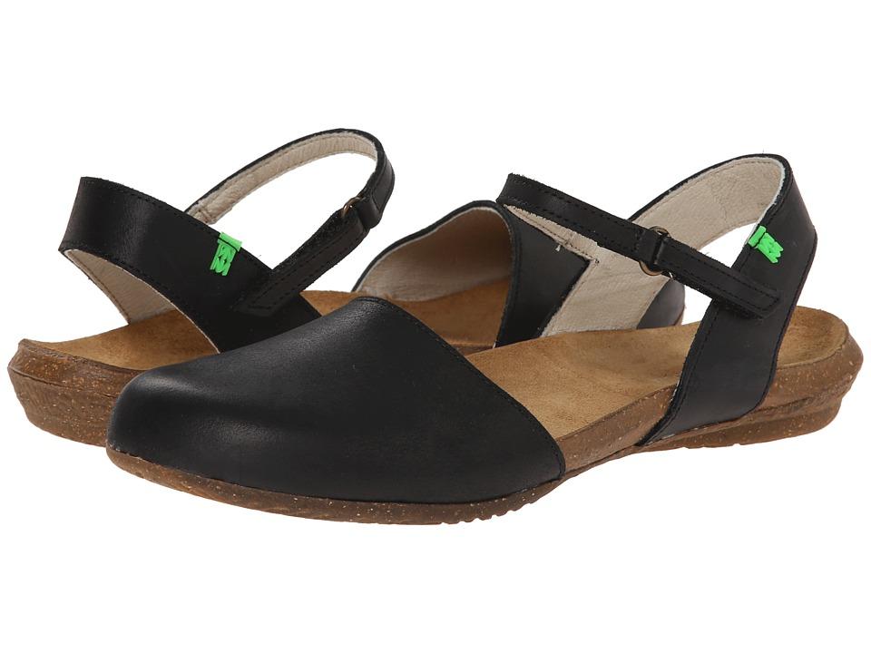 El Naturalista - Wakataua N412 (Black) Women's Shoes