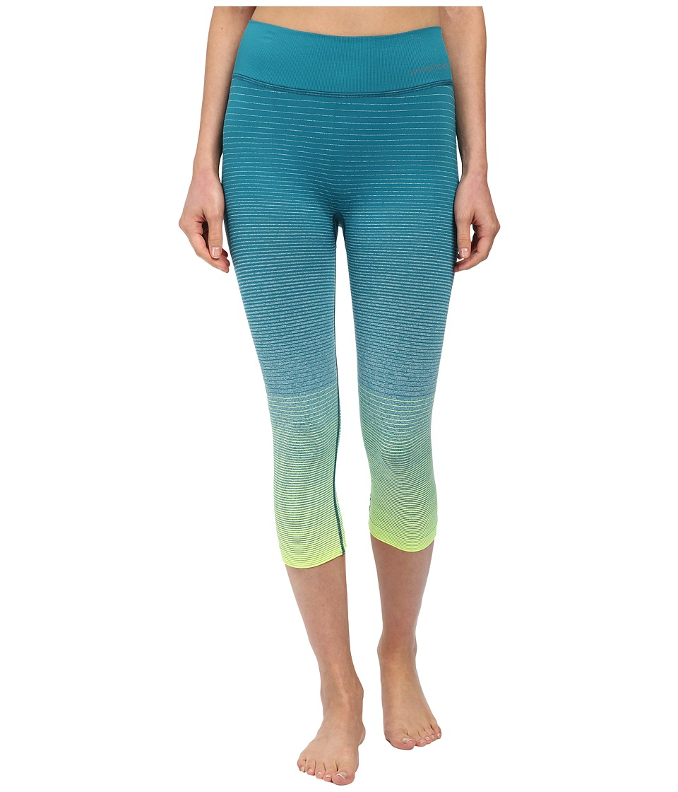 Brooks - Streaker Capris (Nightlife/Kale) Women's Capri