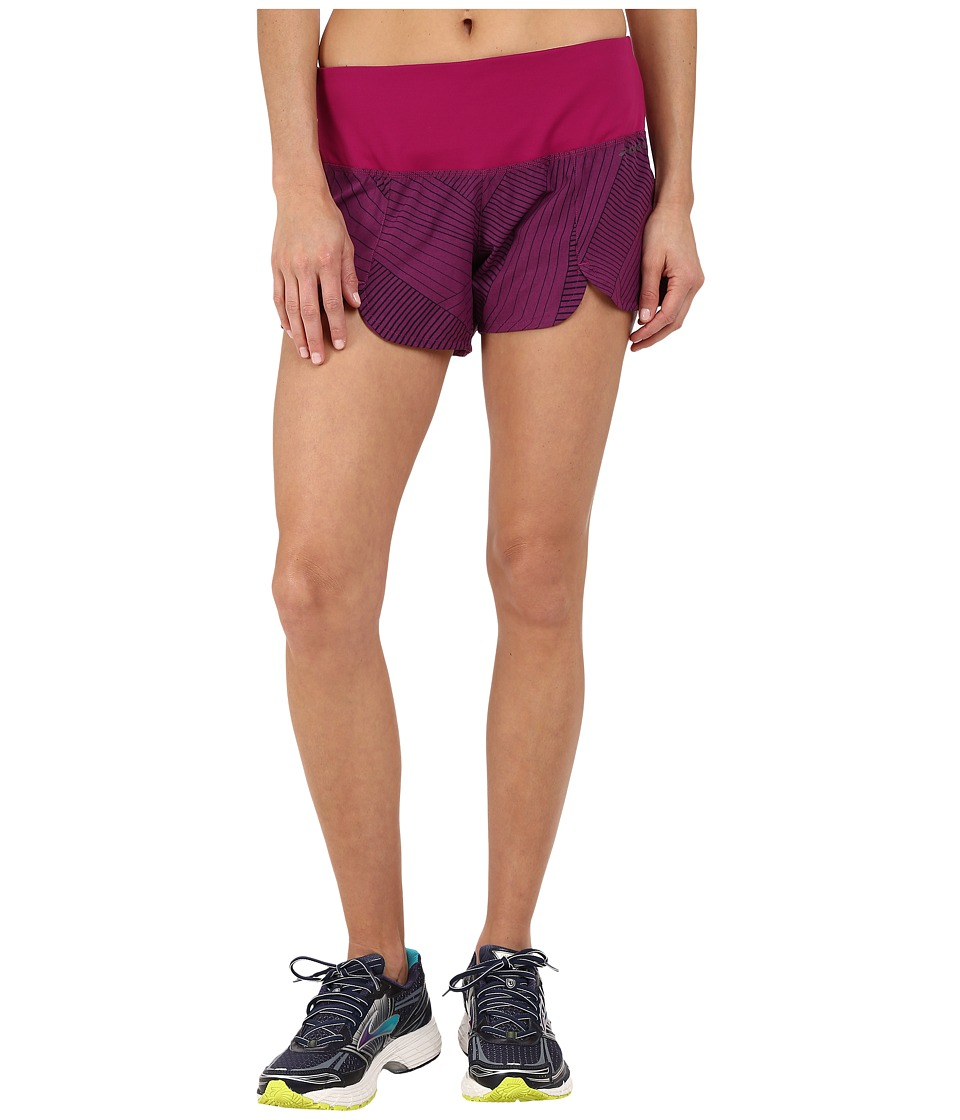 Brooks - Racey 3.5 Shorts (Currant LIttle Sunshine) Women