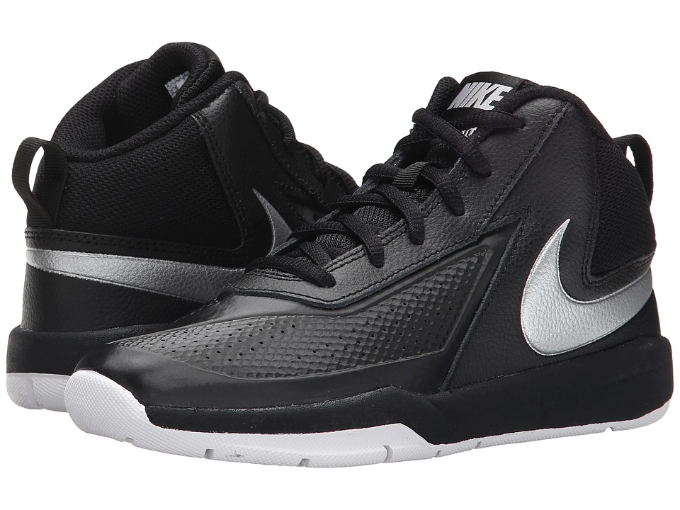 Nike Kids - Team Hustle D 7 (Little Kid) (Black/White/Black/Metallic Silver) Boys Shoes