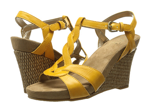 Aerosoles - Stone Plush (Yellow) Women's Shoes