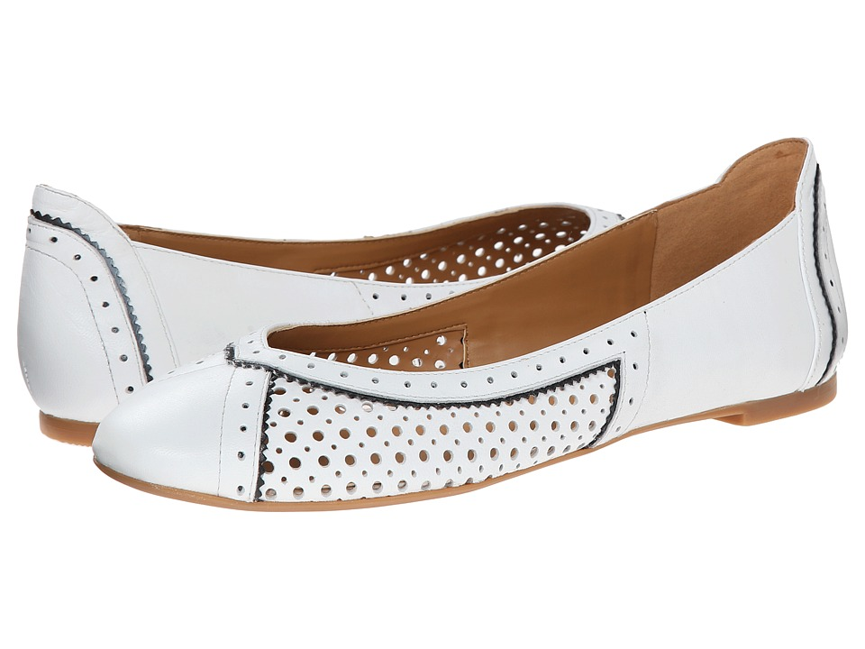Nine West - Accocella (White/Black Leather) Women's Flat Shoes