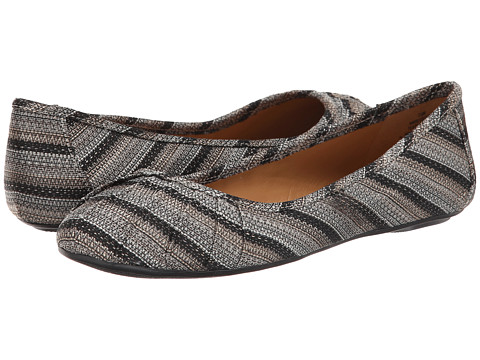 Nine West - Blustery (Black Combo Fabric) Women's Flat Shoes
