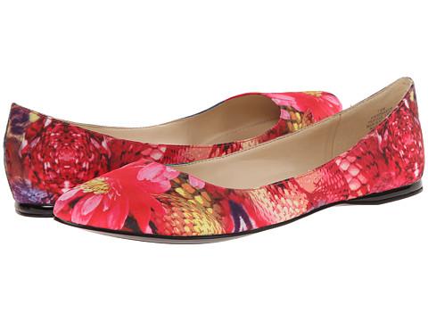 Nine West - SpeakUp (Red Multi Fabric) Women's Dress Flat Shoes