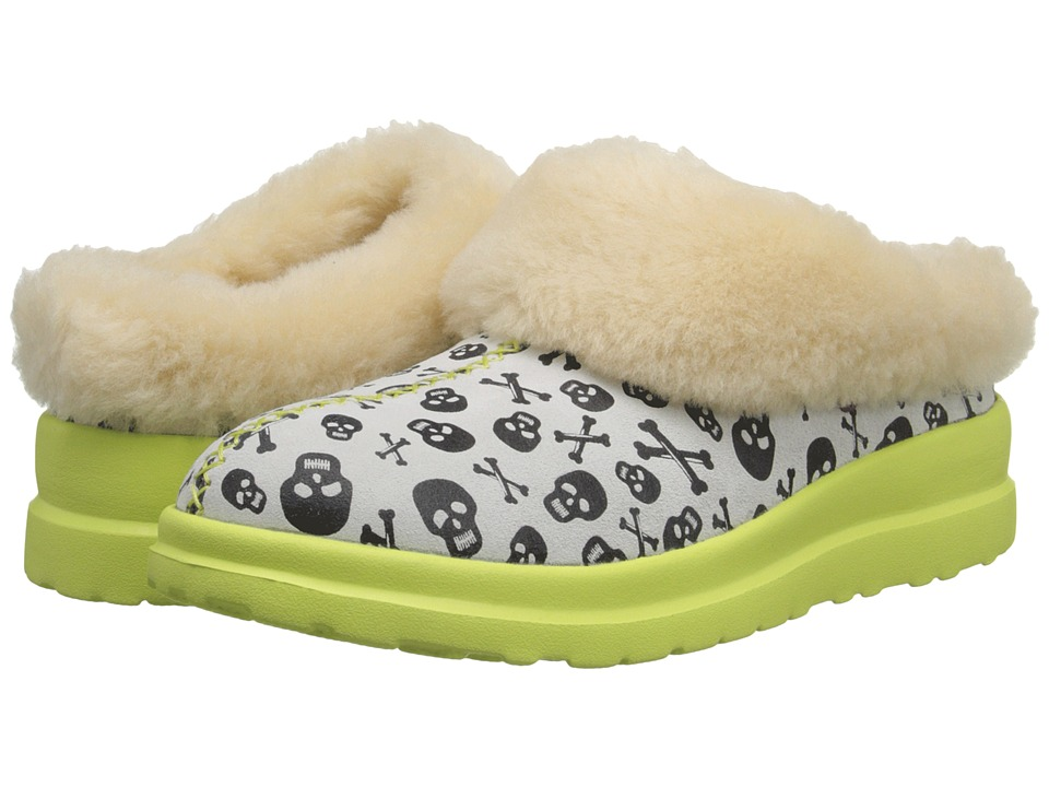 UGG - Dreams Skulls (Coconut Suede) Women's Slip on Shoes
