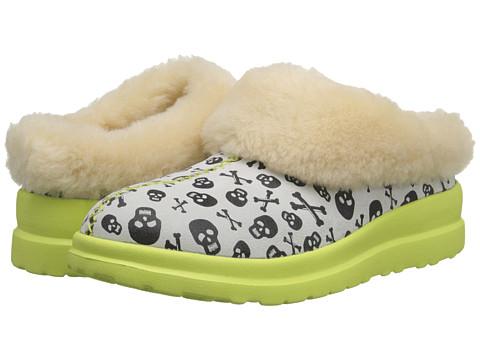 UGG - Dreams Skulls (Coconut Suede) Women's Slip on Shoes