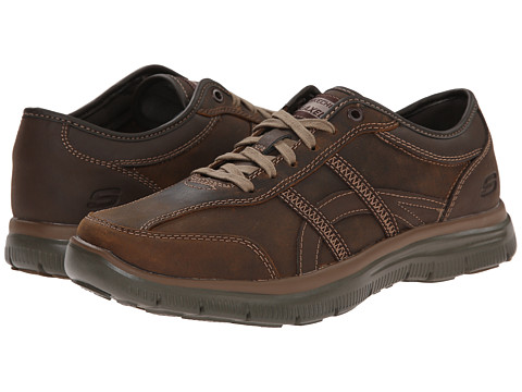 SKECHERS - Relaxed Fit Hinton - Romato (Dark Brown) Men's Lace up casual Shoes