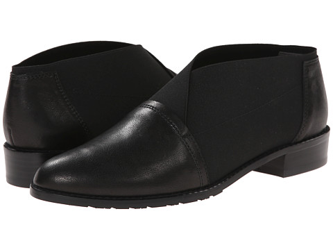 Stuart Weitzman - Stretchdown (Black Vecchio Nappa) Women's Slip-on Dress Shoes