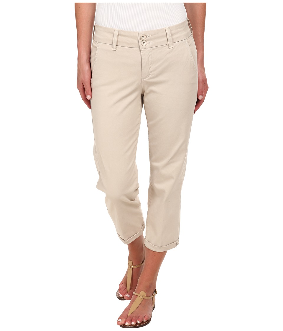 NYDJ - Izzie Capris w/ Rhinestone Rivets (Sand Dollar) Women's Casual Pants