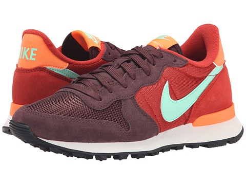 Nike - Internationalist (Mahogany/Cinnabar/Total Orange/Green Glow) Women's Shoes