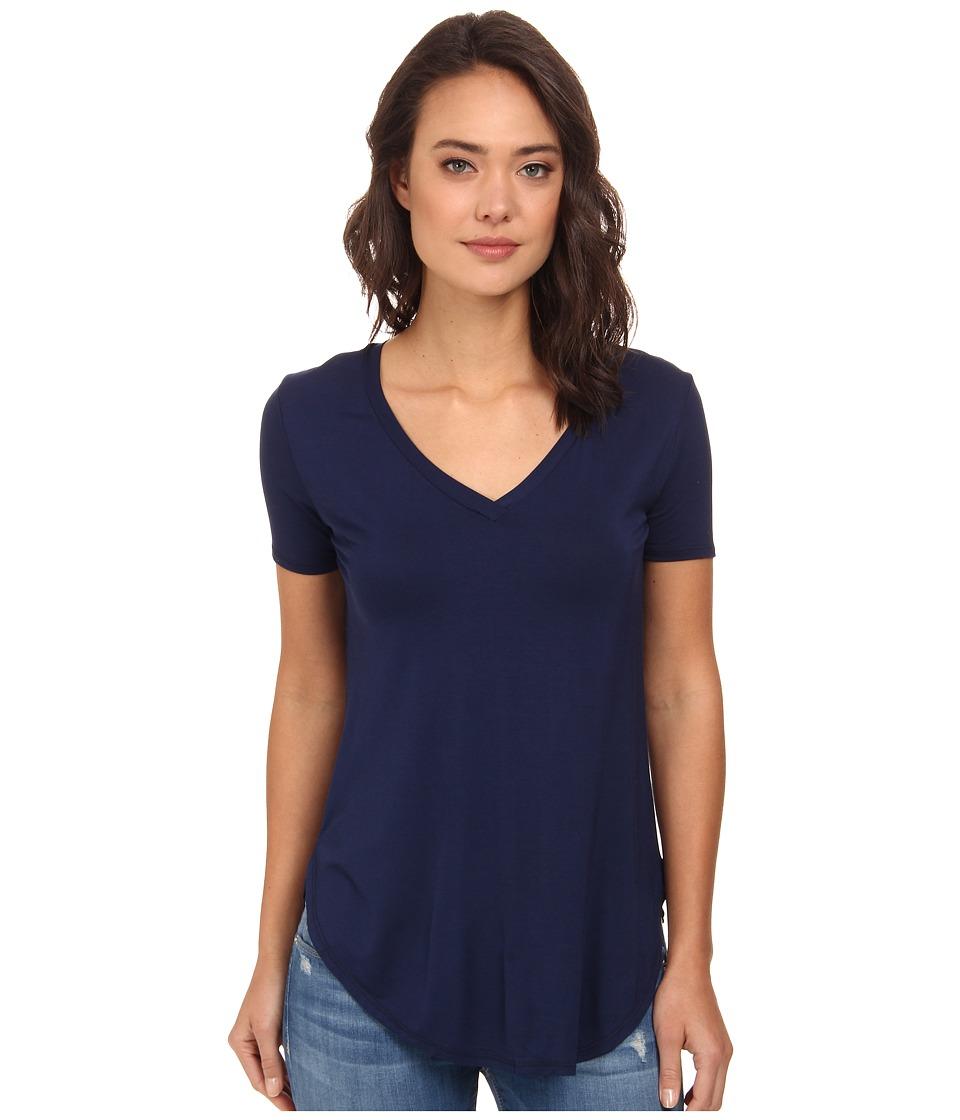Culture Phit - Preslie Cap Sleeve Modal V-Neck Top (Navy) Women's Clothing