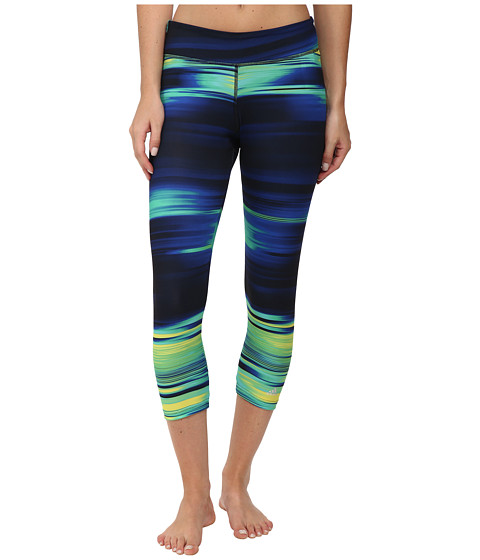 adidas - Ultimate 3/4 Tights - Illumniated Energy (Multicolor Print/Black) Women