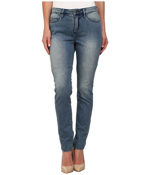 Christopher Blue - Maggie Skinny in Cloud Wash (Cloud Wash) Women