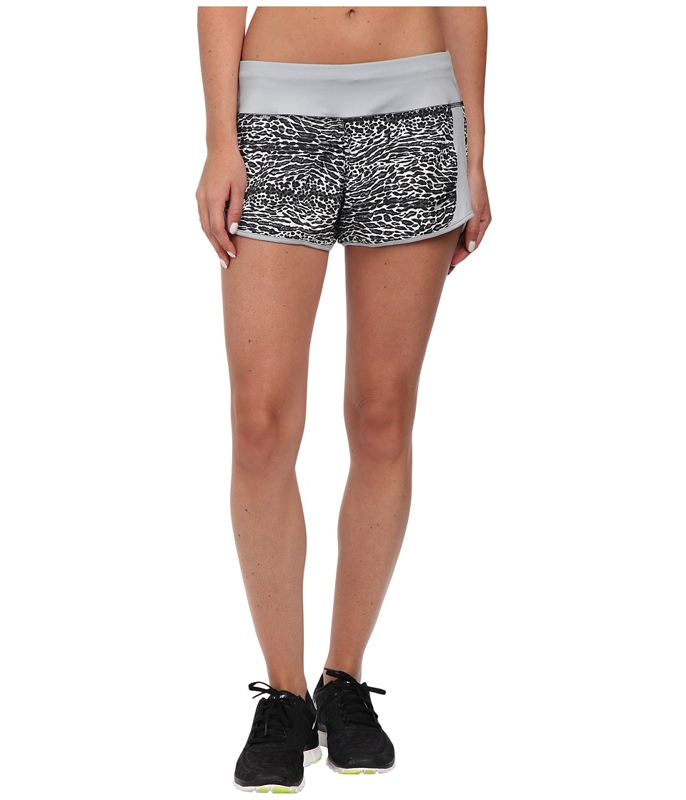 Nike - Dri-FIT Crew Print Shorts (White/Wolf Grey/Reflective Silver) Women's Shorts
