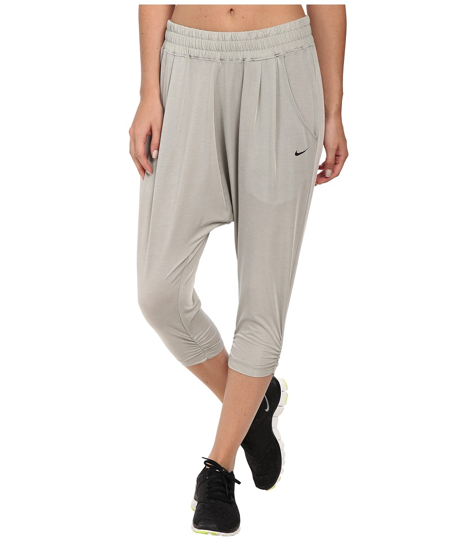 Nike - Dri-FIT Avant Capris (Grey Heather/Framis) Women's Workout