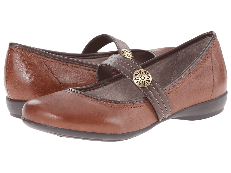 Naturalizer - Garrison (Bridal Brown/Coffee Bean Leather) Women's Maryjane Shoes