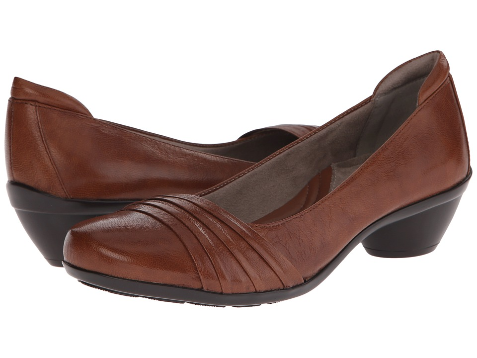 Naturalizer - Halona (Banana Bread Leather) Women's Slip-on Dress Shoes