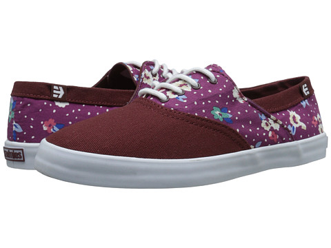 etnies - Corby W (Red/Blue/White) Women's Skate Shoes