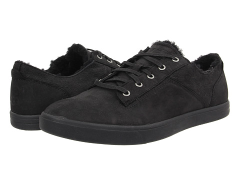 UGG - Bueller Washed Carpa (Black Twinface/Leather) Men's Lace up casual Shoes