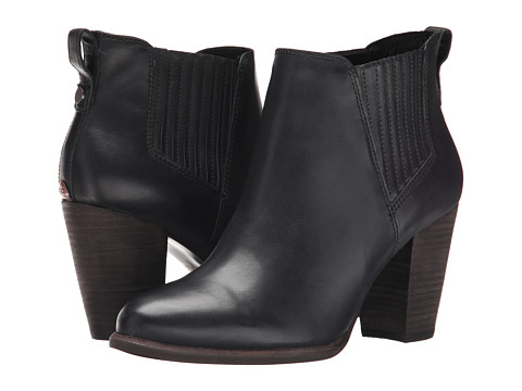 UGG - Poppy (Black Leather) Women's Boots