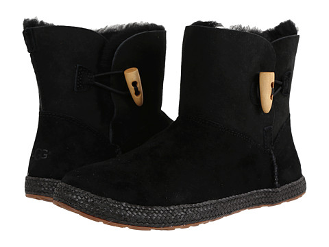 UGG - Garnet (Black Twinface/Suede) Women's Pull-on Boots
