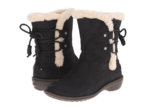 UGG - Akadia (Black Leather) Women's Cold Weather Boots