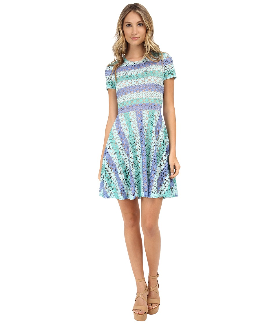 BCBGMAXAZRIA - Renley Short Sleeve Chevron A-Line Dress (Aqua Combo) Women's Dress