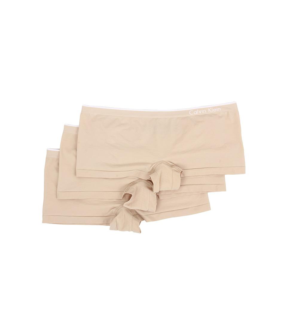 Calvin Klein Underwear - Seamless 3-Pack Hipster (Almond) Women