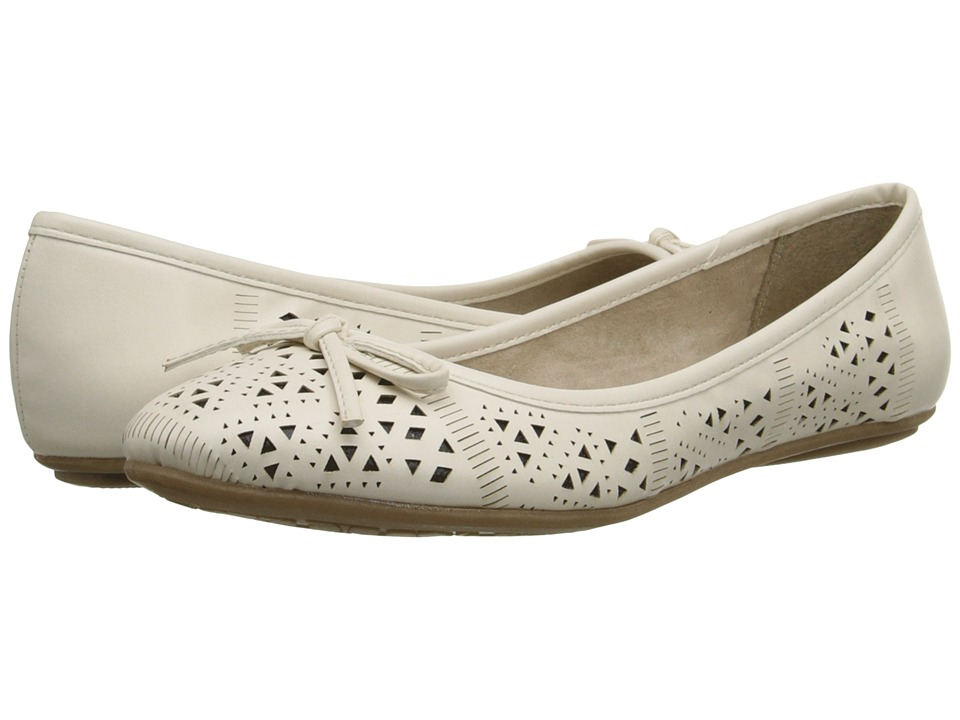 Dirty Laundry - DL Handle This (Cream) Women's Flat Shoes