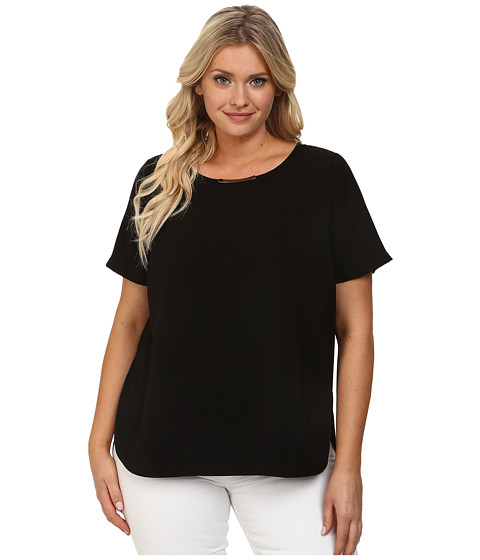 DKNYC - Plus Size Tech Crepe Hi-Low Short Sleeve Top w/ Metal Neck Trim (Black) Women