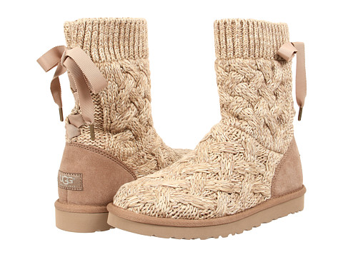 UGG - Isla (Heathered Oatmeal/Knit) Women's Boots