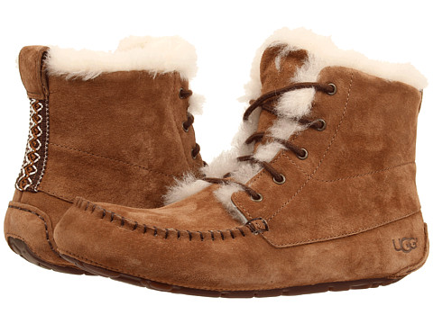 UGG - Chickaree (Chestnut Suede) Women's Lace-up Boots