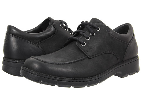 UGG - Burns (Black Leather) Men