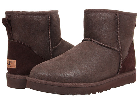 UGG - Classic Mini Bomber (Bomber Jacket Chocolate) Men's Pull-on Boots