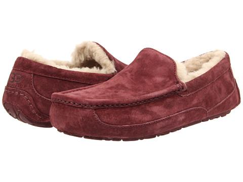 UGG - Ascot (Cordovan/Cordovan Suede) Men's Slippers
