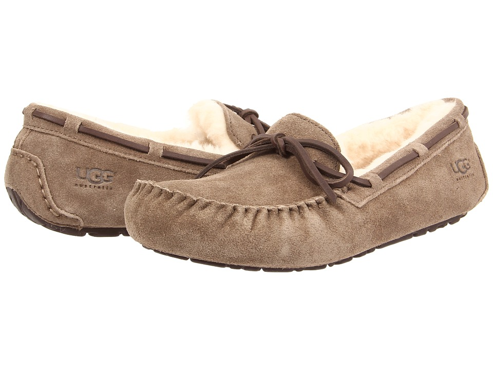 UGG - Olsen (Dry Leaf Suede) Men's Slip on Shoes
