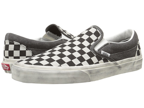 Vans - Classic Slip-On ((Overwashed) Black/Check) Skate Shoes