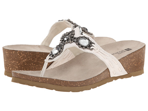 White Mountain - Cardenia (White) Women's Slide Shoes