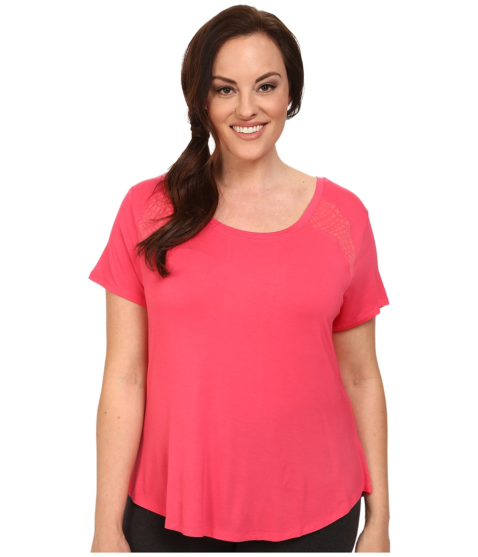 Marika Curves - Plus Size Ella Short Sleeve Tee (Rouge Red) Women's Workout