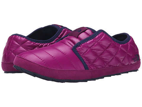 The North Face - ThermoBall Traction Mule II (Shiny Radiance Purple/Astral Aura Blue) Women's Slip on Shoes