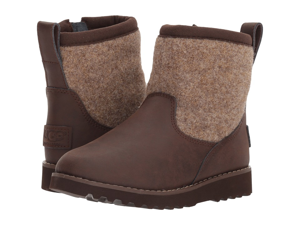 UGG Kids - Bayson (Toddler/Little Kid/Big Kid) (Stout) Boys Shoes