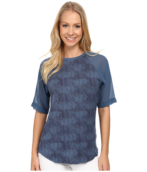 Calvin Klein Jeans - Printed Curved Hem Woven Sleeve Tee (Blur) Women's Short Sleeve Pullover