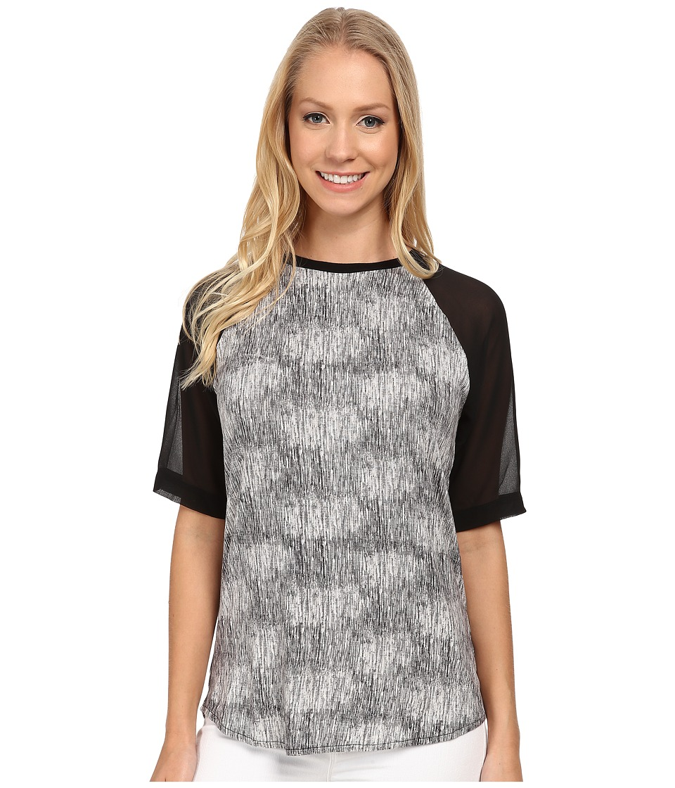 Calvin Klein Jeans - Printed Curved Hem Woven Sleeve Tee (Black 1) Women's Short Sleeve Pullover