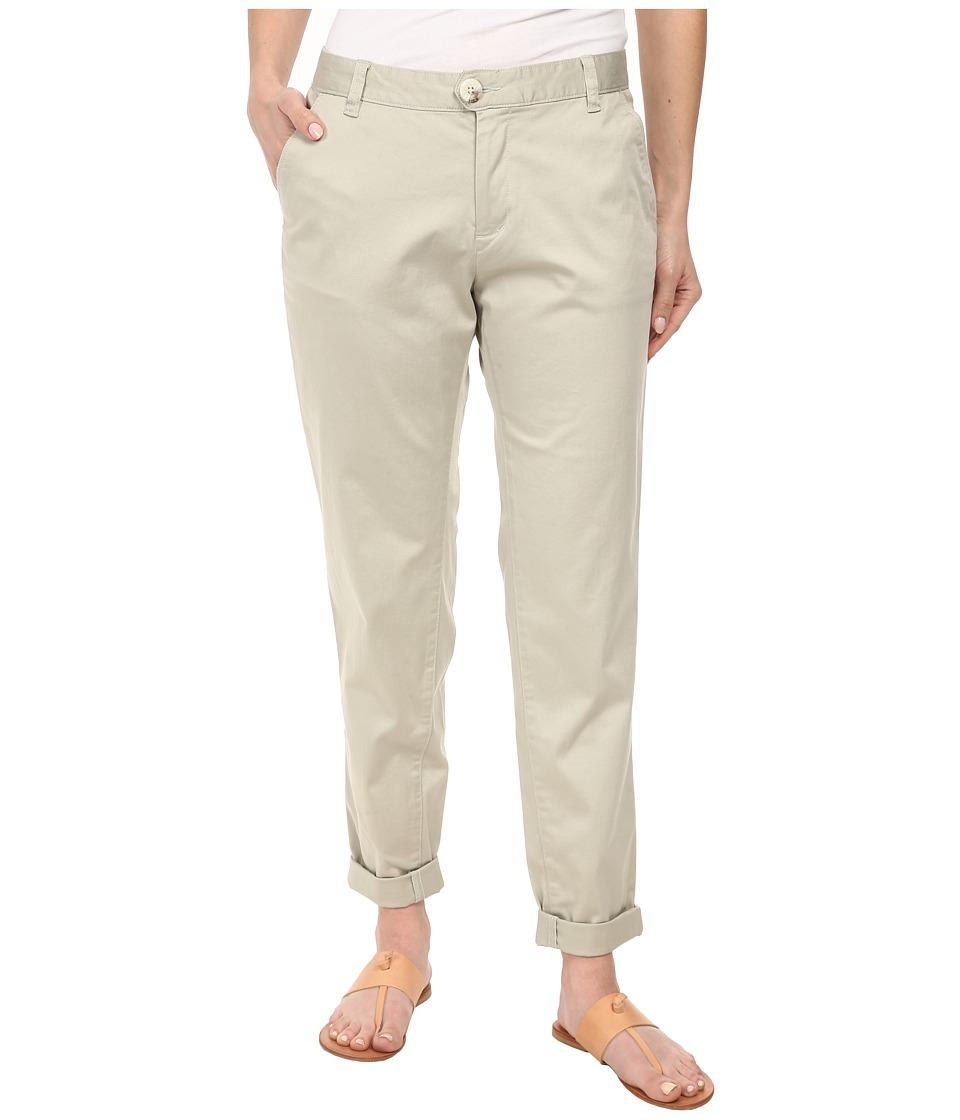 Dockers Petite - Petite Ella (Porcelain Khaki) Women's Casual Pants