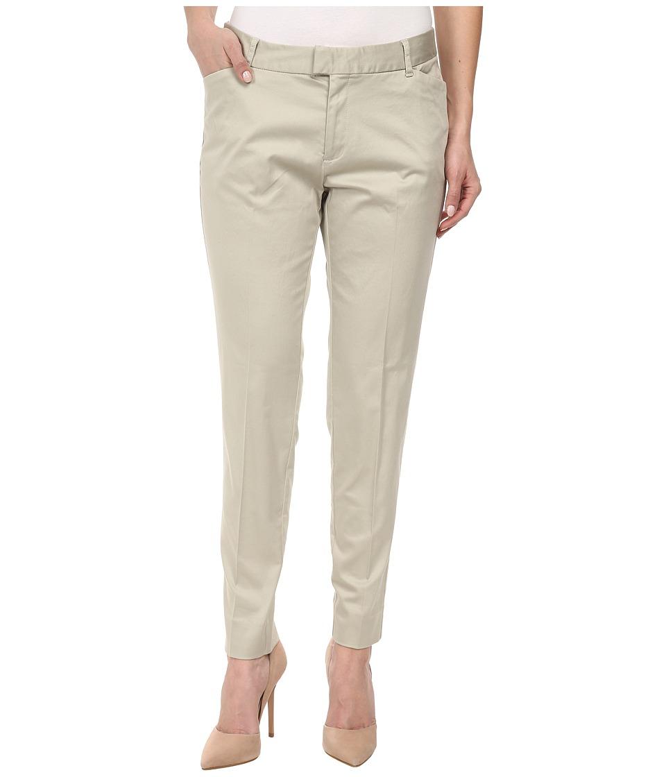 Dockers Petite - Petite Celine (Porcelain Khaki) Women's Casual Pants